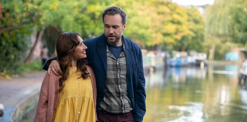 """Apple TV+: Britische Comedy-Serie """"Trying"""" kehrt zurück"""